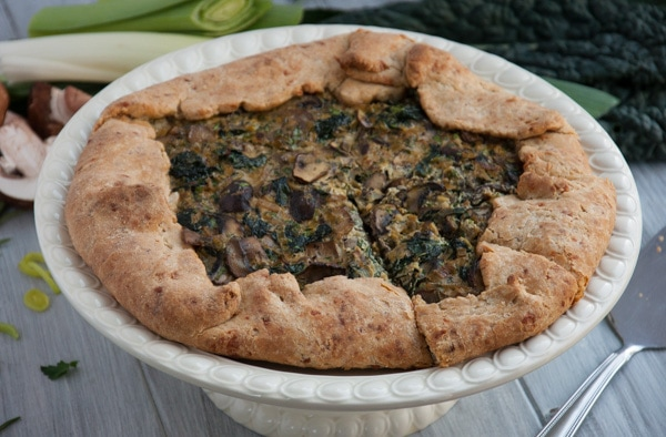 Rustic galette made with whole wheat flour, leeks, mushrooms and kale is the ultimate veggie packed comfort food.