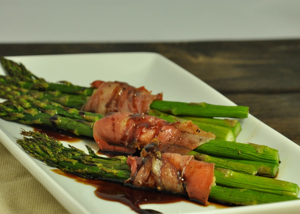 prosciutto wrapped asparagus -35