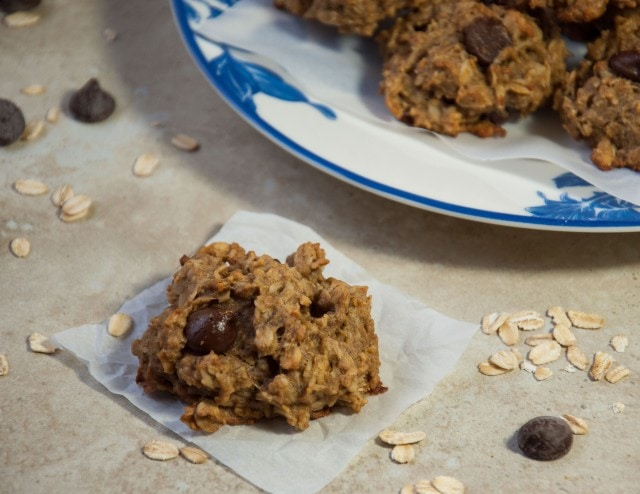 Filling vegan gluten free oatmeal cookies are so chewy and delicious that you'd never know they're free of added sugar and packed with flax and heart healthy oats!