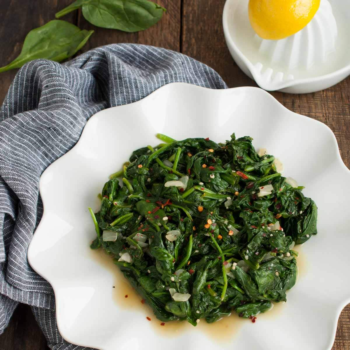 Easy sauteed spinach feasting not fasting for Easy side dishes to make