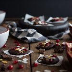 Dark chocolate pomegranate bites are a simple tasty treat to eat or give as Christmas gifts. Made to satisfy a sweet tooth for under 100 calories!